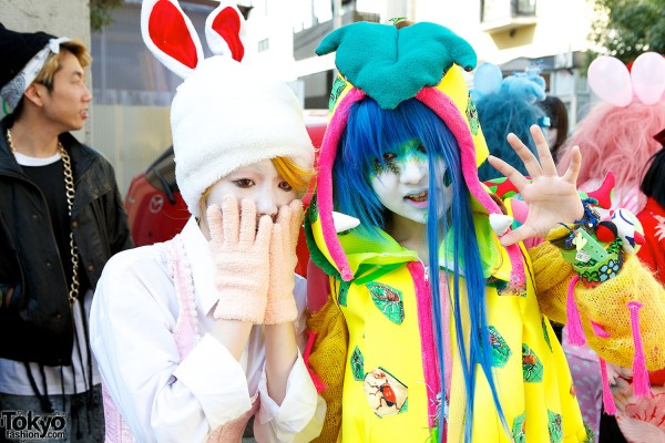 Japanese Shironuri Fashion in Harajuku (96)
