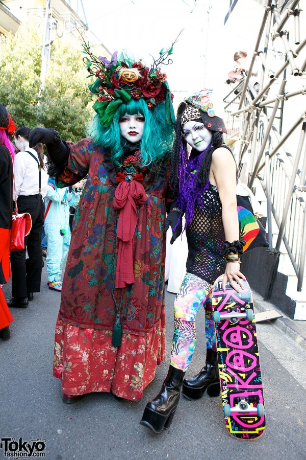 Japanese Shironuri Fashion in Harajuku (109)