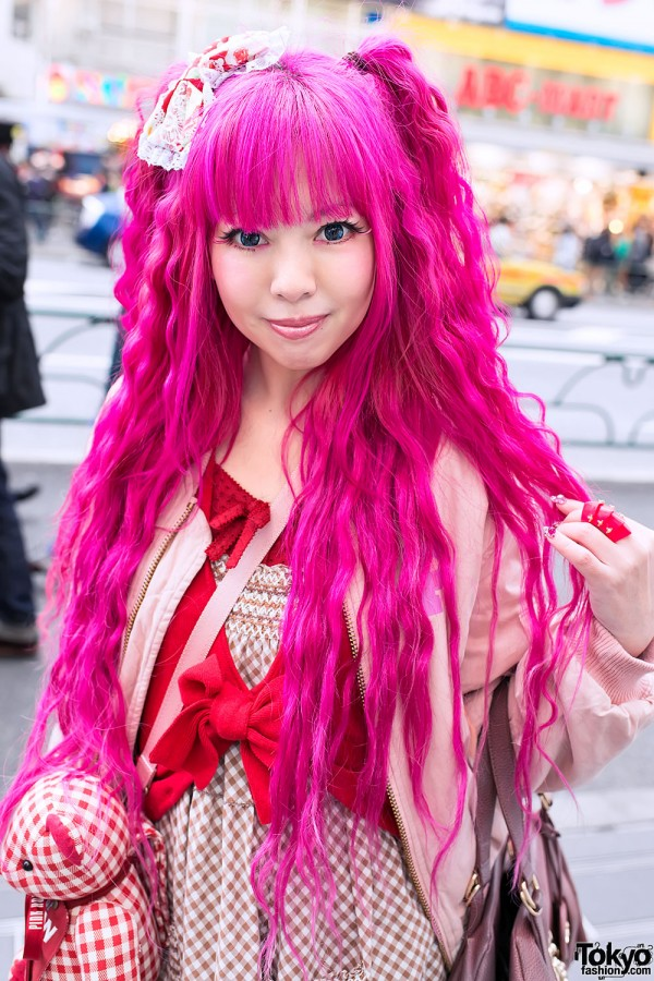 Long Pink Hair & Bow in Harajuku