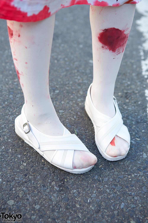 japanese shironuri horror nurse on the street in harajuku