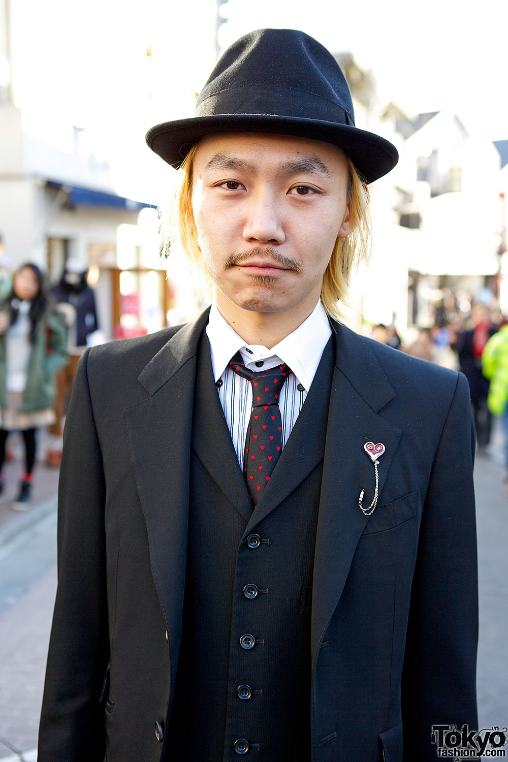 Paul smith suit tokyo fashion news for Paul smith doctor who shirt