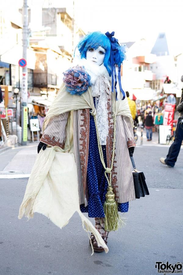 Shironuri Minori w/ Blue Hair, Lace, Stripes, & Oversized Tassel in Harajuku