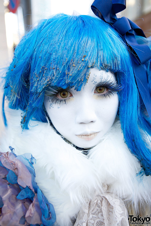 Blue Hair Amp Shironuri Makeup Tokyo Fashion News