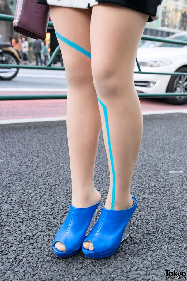 Graphic Tights & Clear Platforms