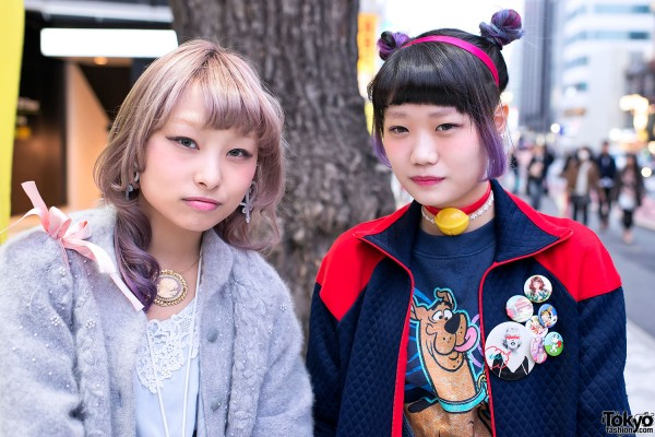 96aa8d7756 Full article for this photo : Harajuku Girls in Lace & Denim w/ Scooby Doo,  Smurfs & Doraemon