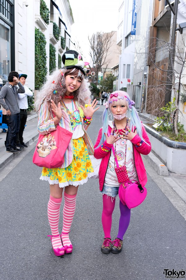 Colorful Amp Kawaii Decora Girls On Cat Street In Harajuku