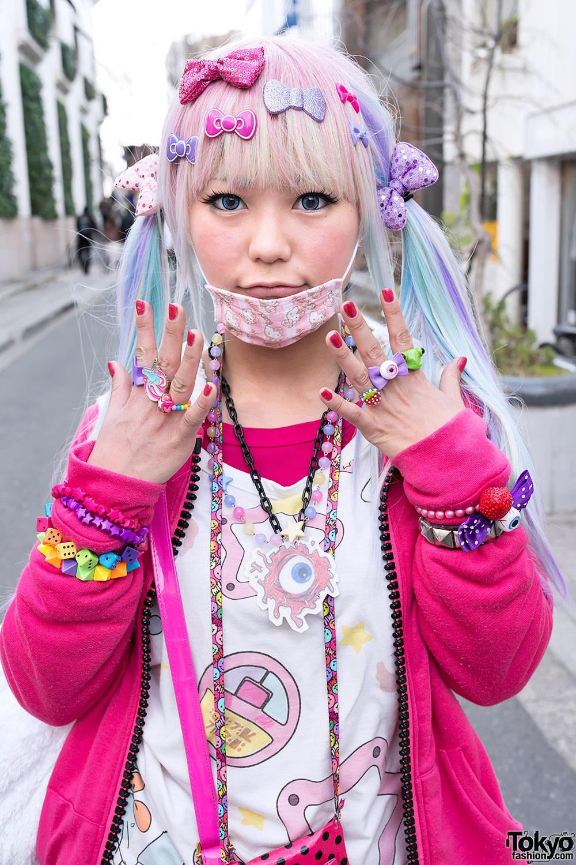 Colorful Amp Kawaii Decora Girls On Cat Street In Harajuku