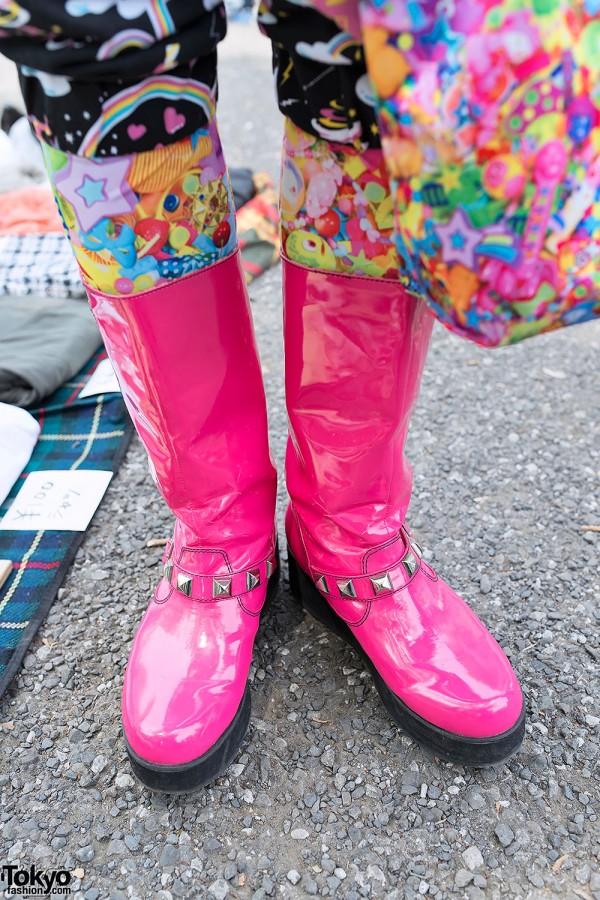 Pink Boots & 6%DOKIDOKI Tights