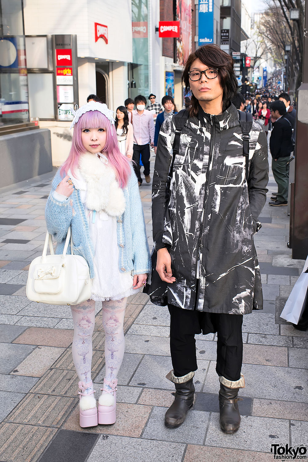 Kawaii vs Cool Fashion in Harajuku