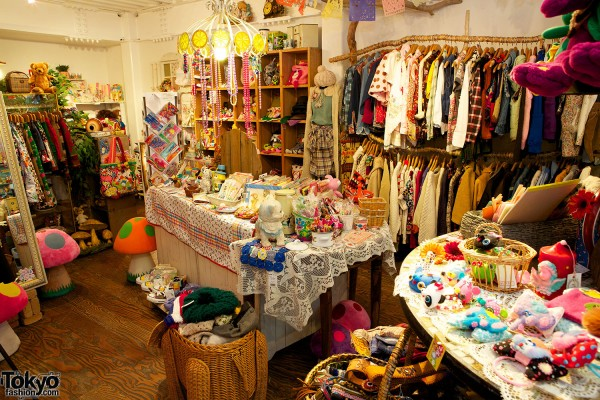 SOL Harajuku - Japanese Fashion Boutique (18)