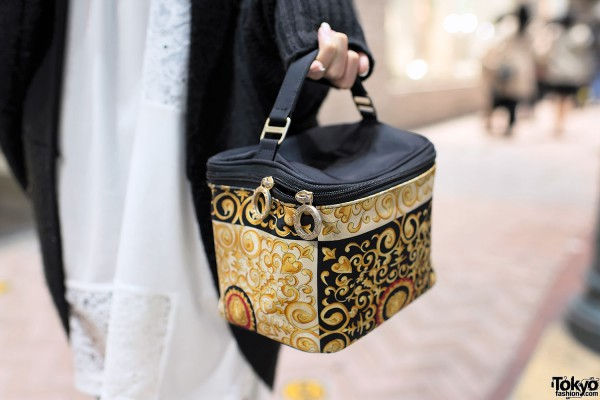 Graphic Box Handbag