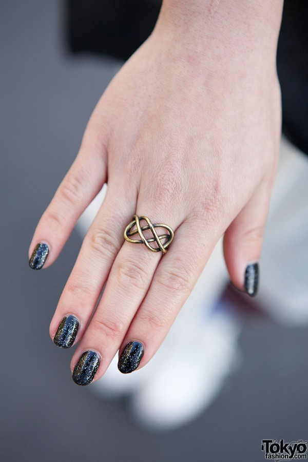 Santa Monica ring