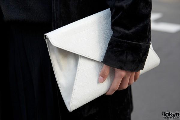 White clutch
