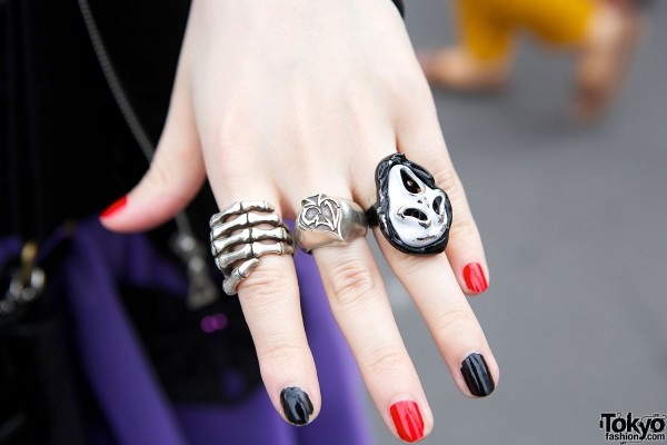 Skeleton & scream rings
