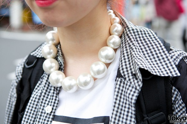 Oversized Pearls Necklace