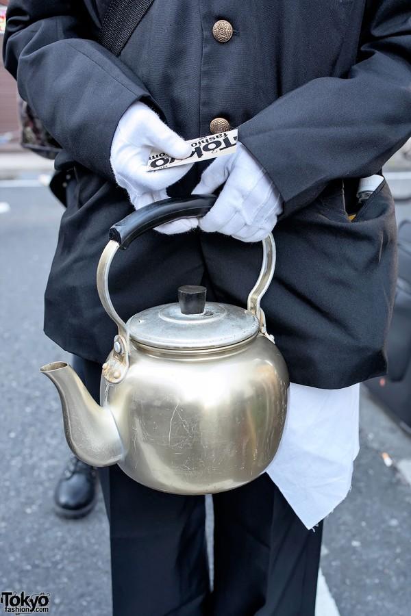 Metal Teapot Bag in Harajuku