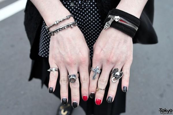 Silver Rings & Zipper Bracelet in Harajuku