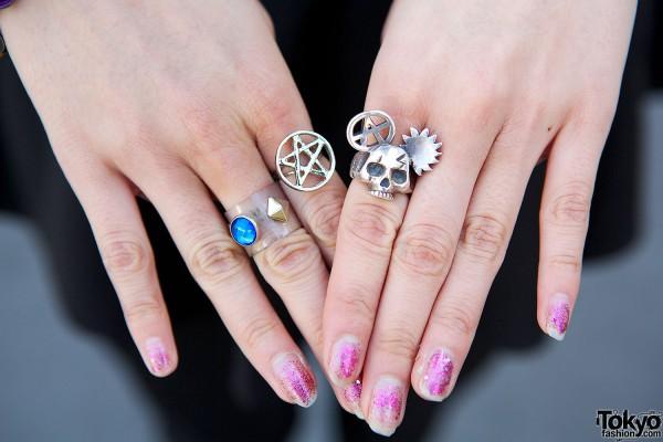 Alice Black & Bubbles Rings