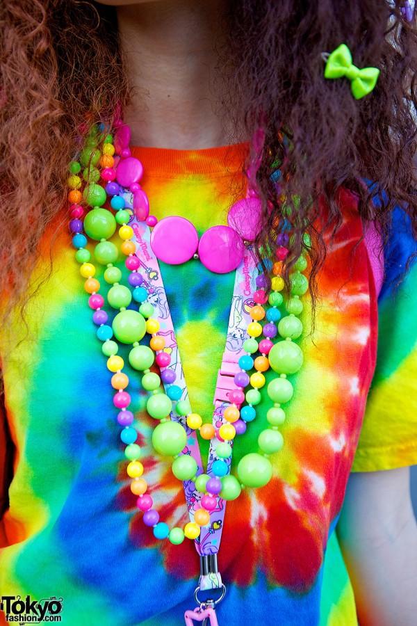 Hadeko Plastic necklaces