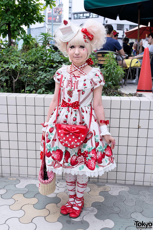Strawberry Sweet Lolita In Harajuku Tokyo Fashion News