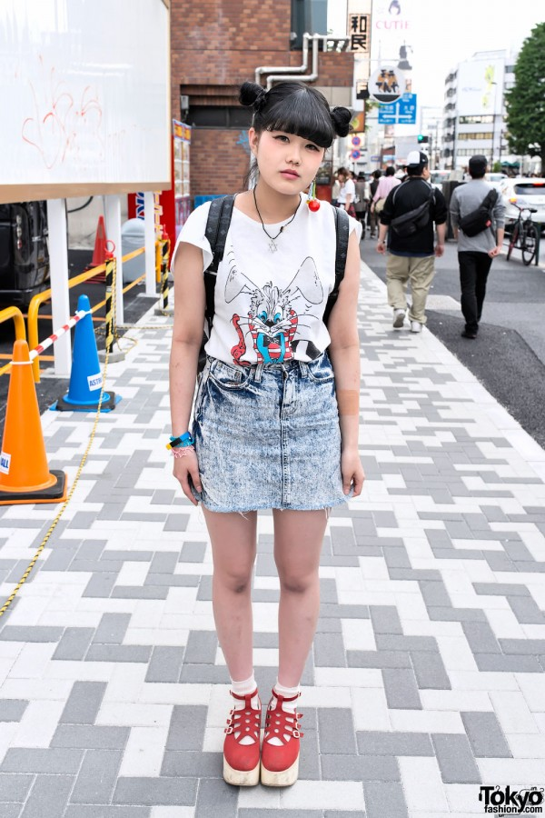 Bunny T-Shirt & Acid Wash in Harajuku
