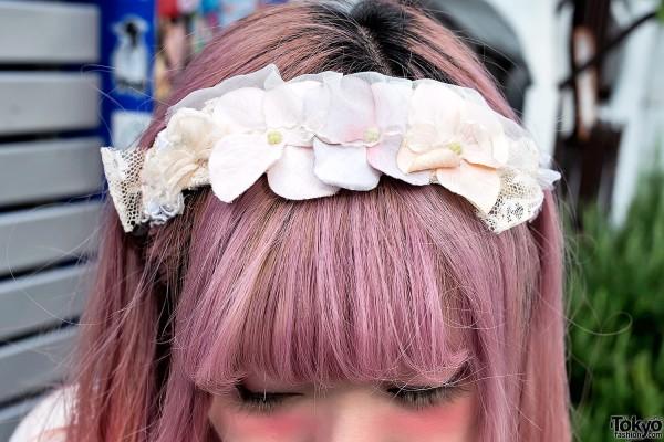 Flower Headband & Pink Hair