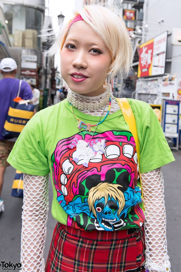 Monster Tee & Short Hairstyle in Harajuku