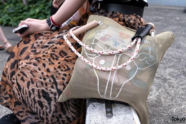 Bull Graphic Mesh Bag in Harajuku