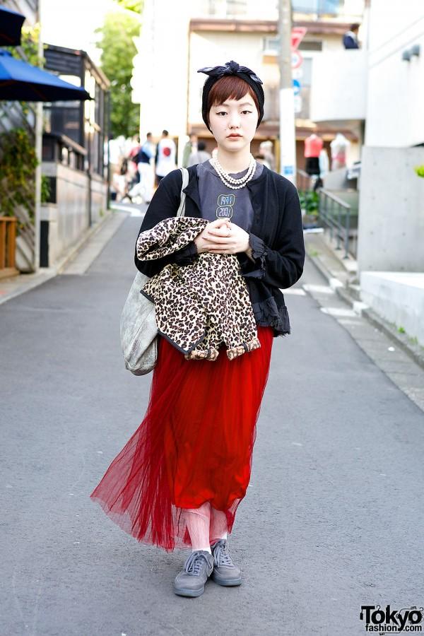 Tulle Maxi Skirt w/ Pearls, CdG & Yoshiko Creations Jewelry in Harajuku