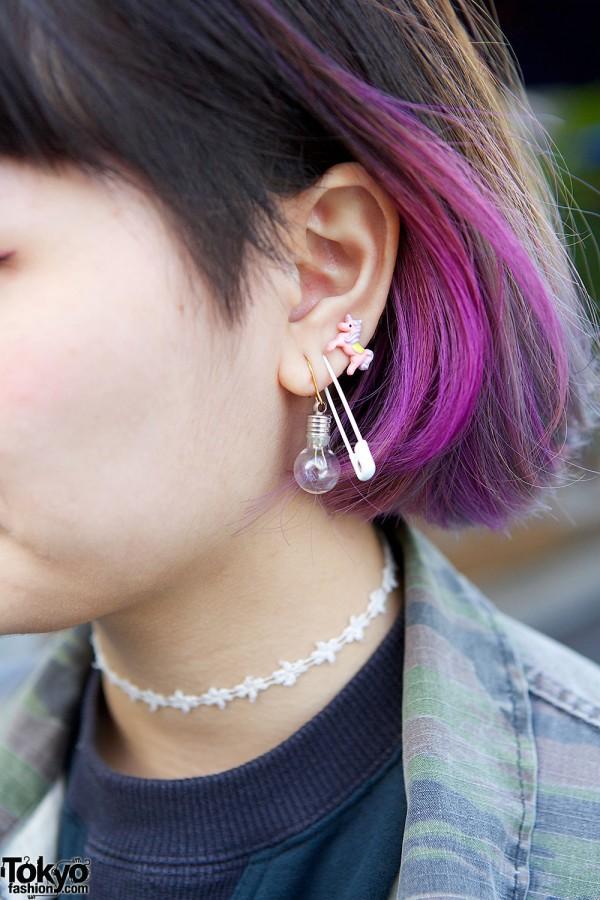 Safety pin earrings & unicorn