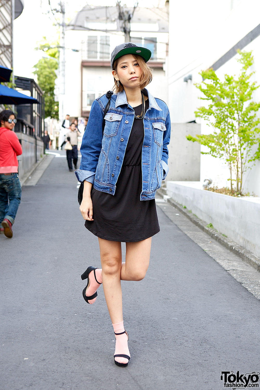 H&M Little Black Dress, Denim Jacket & Sandals on the Street in ...