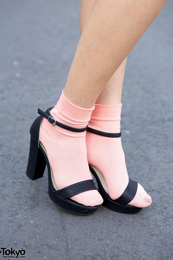 Fifth Sandals
