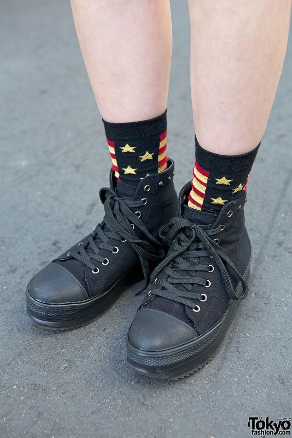 Black sneakers & American flag socks
