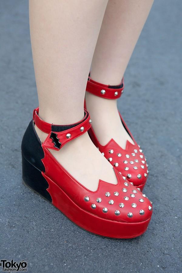 Listen Flavor Studded Platform Shoes
