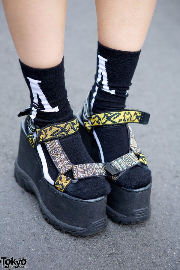 k3&co. platform sandals