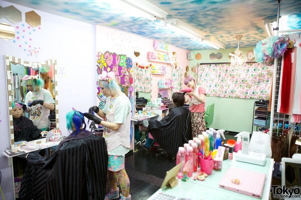 Viva Cute Candy Hair Salon Tokyo (15)