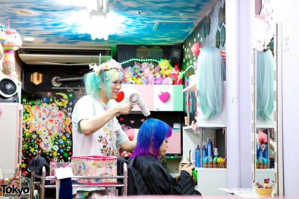 Viva Cute Candy Hair Salon Tokyo (31)
