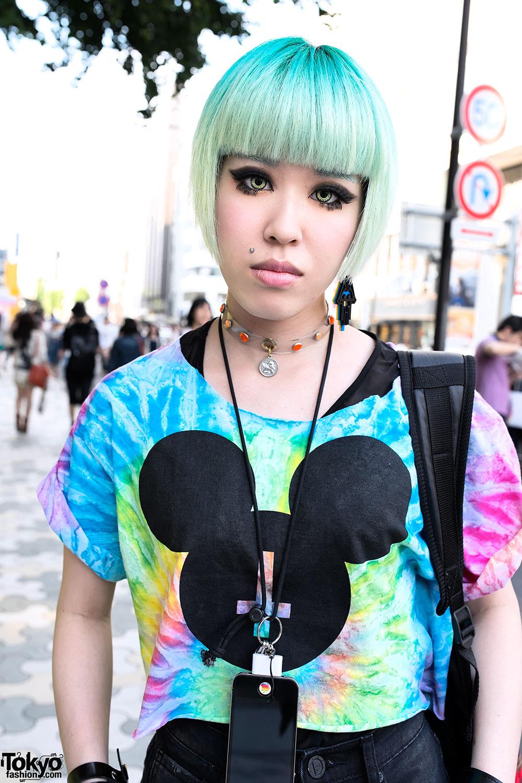 Chamii, Miho & Maho w/ Pink & Green Hair, Piercings & Boy London in Harajuku