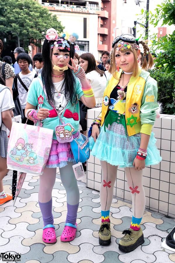 Decora Fashion w/ Little Twin Stars, Doll Head & Eyeballs in Harajuku