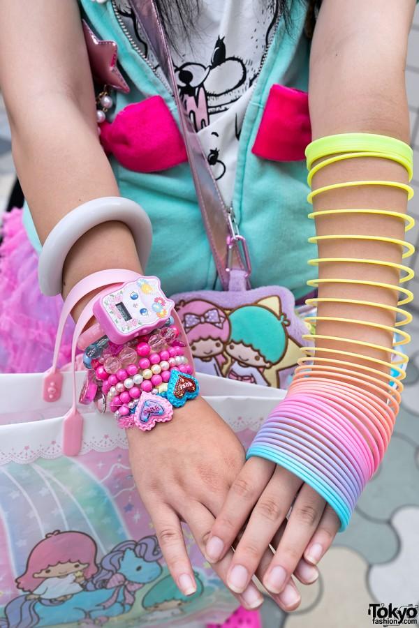 Slinky Bracelet in Harajuku