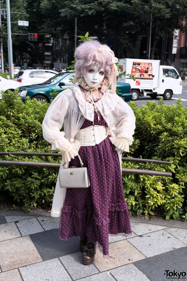 Shironuri Minori Purple Style in Harajuku