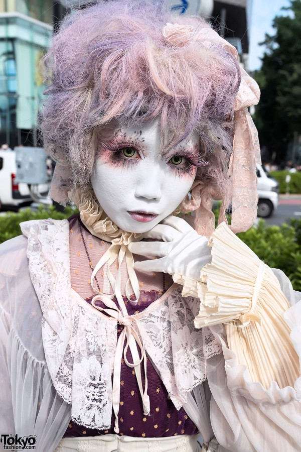 Beautiful Japanese Shironuri Eye Makeup