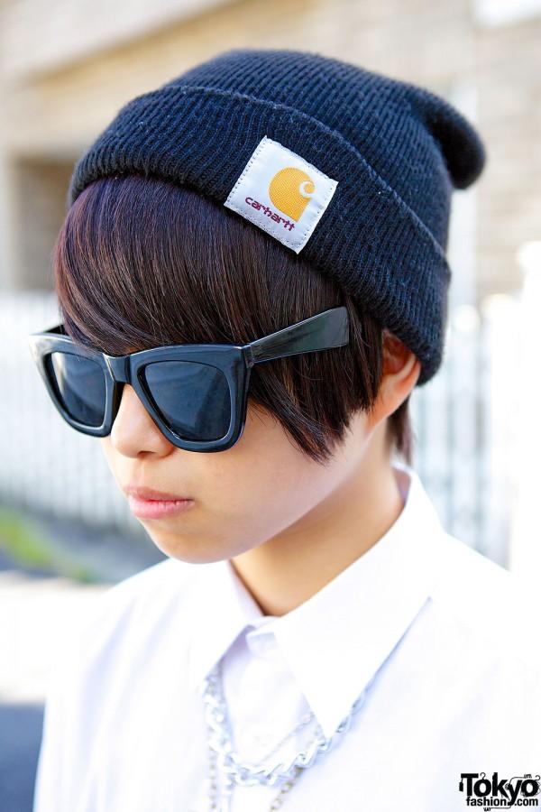 Sunglasses & Carhartt Beanie