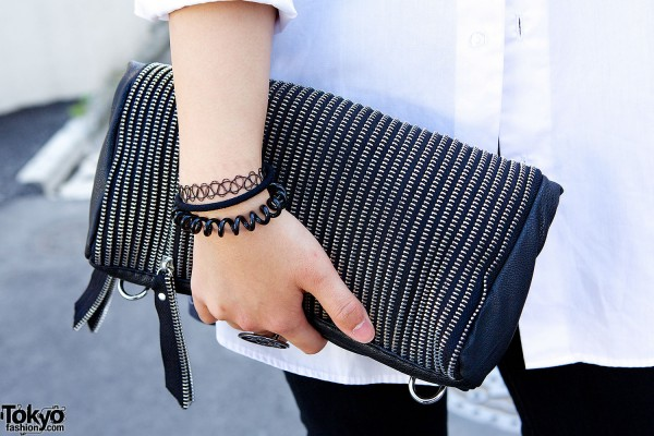 Zipper clutch
