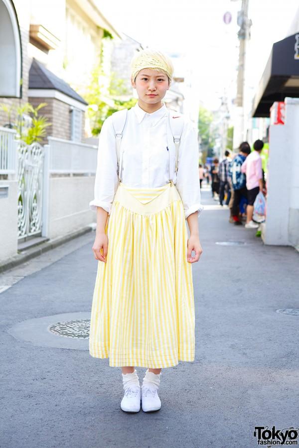 Yellow maxi skirt in Harajuku