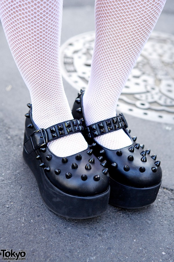 Spike & studs Candy Stripper shoes
