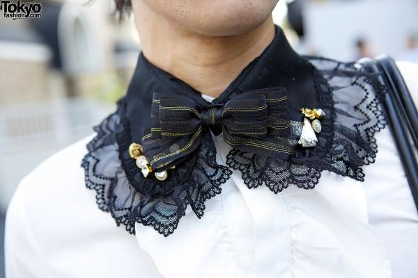 Lace & bow collar in Harajuku