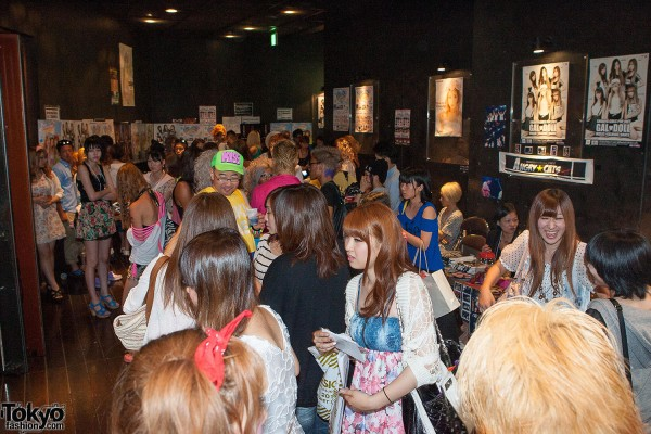 Campus Summit 2013 - Shibuya Gyaru (140)