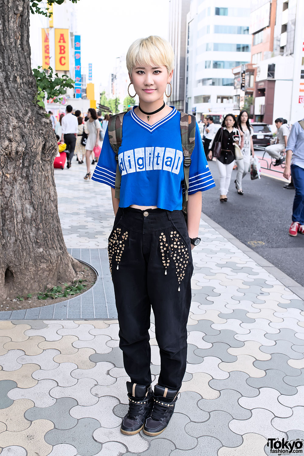 Pixie Cut w/ Fig & Viper, Crop Top & Sneaker Wedges in Harajuku