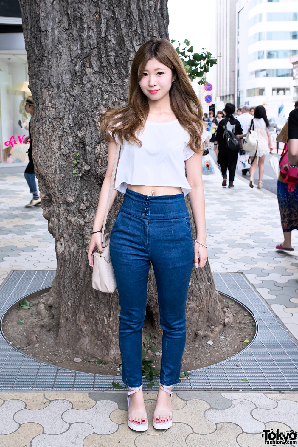 Crop Top Navel Piercing High Waist Jeans &amp Samantha Vega in Harajuku